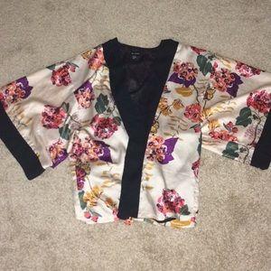 Tops - Beautiful H&M kimono